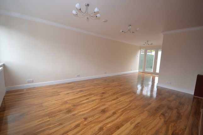 Thumbnail End terrace house to rent in Hanwood Close, Woodley, Reading