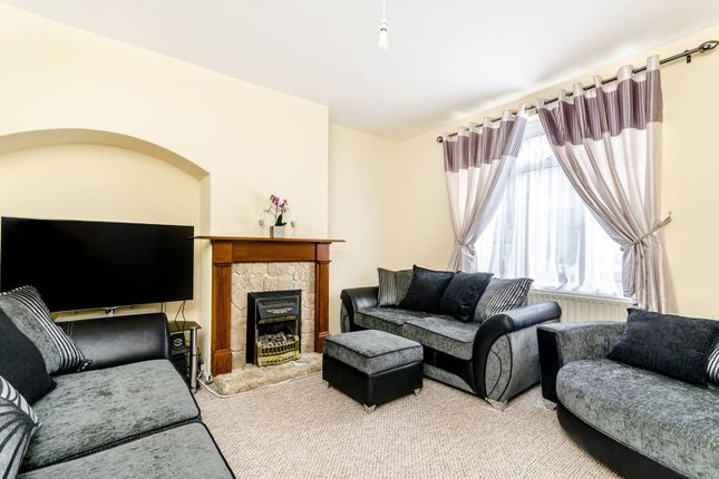 Thumbnail Terraced house to rent in Durham Hill, Bromley