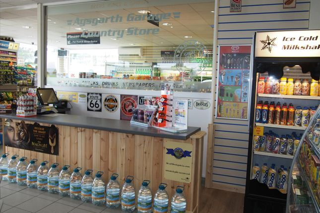 Thumbnail Retail premises for sale in Off License & Convenience DL8, Aysgarth, North Yorkshire