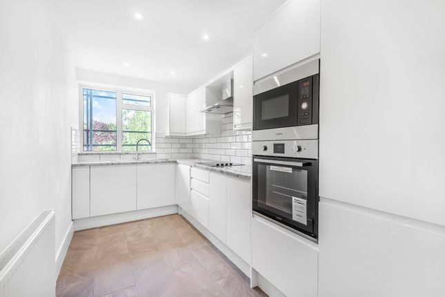 Thumbnail Flat to rent in Philbeach Gardens, Earls Court