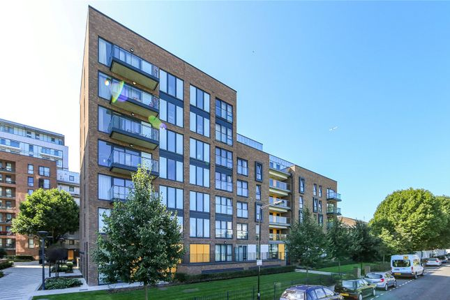Thumbnail Flat for sale in Chadwick Court, 2 Jonzen Walk, London