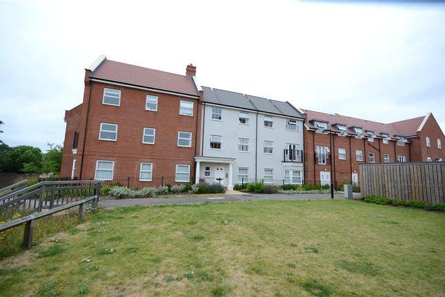 1 bed flat for sale in Wilmott House, Ashville Way, Wokingham