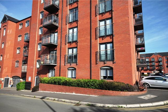 2 bed flat for sale in Wharf View, Chester, Cheshire CH1