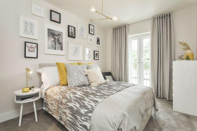 Bedroom  of De Burgh Gardens, Tadworth, Surrey KT20