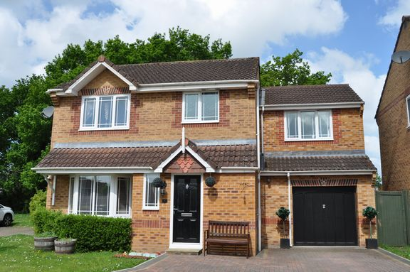 Thumbnail Detached house for sale in Blenheim Drive, Willand, Cullompton