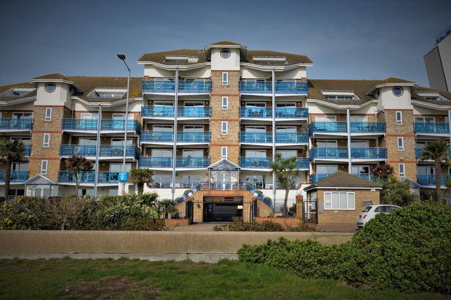 Flat for sale in Admirals Place, The Leas, Chalkwell