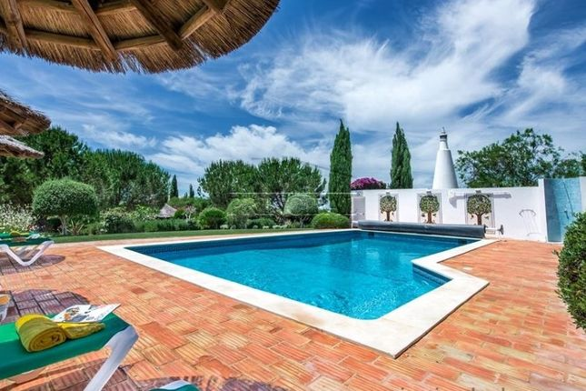 5 bed detached house for sale in Guia, Guia, Albufeira