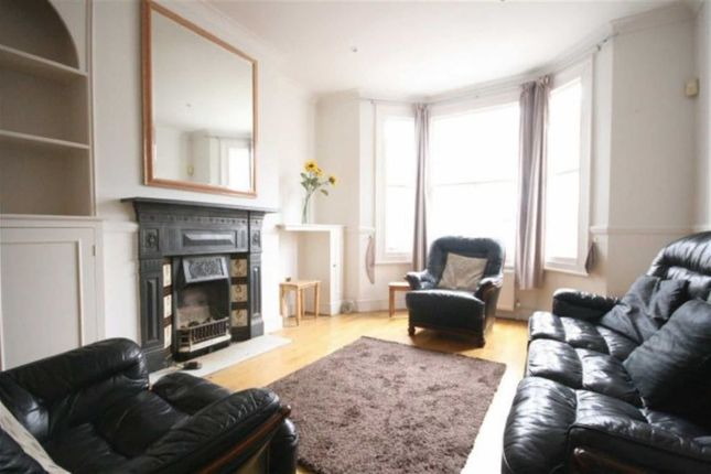 Thumbnail Town house to rent in Kimbell Gardens, London