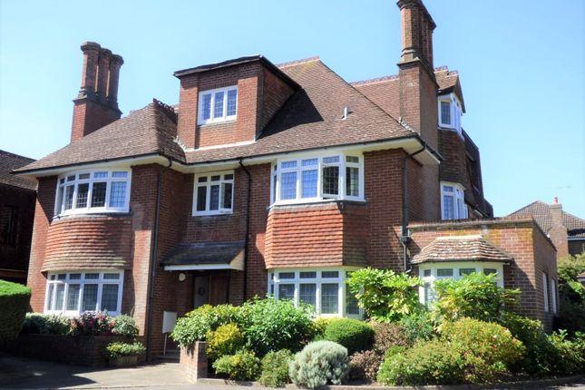 Thumbnail Flat to rent in Borodale, Kirkwick Avenue, Harpenden