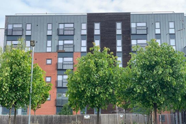 Thumbnail Flat to rent in Carriage Grove, Bootle