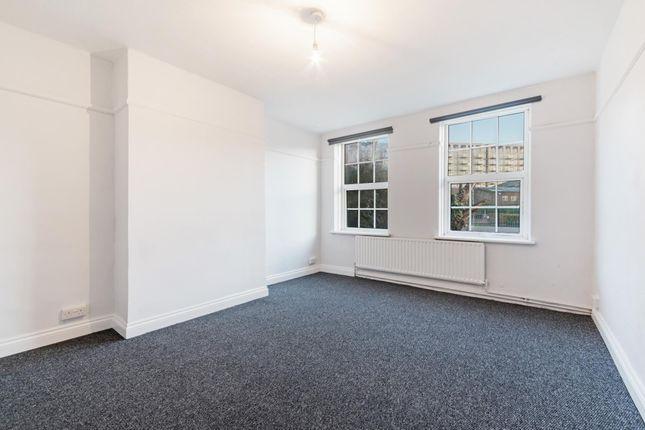 Thumbnail Property to rent in Bradfield Road, Royal Docks, London