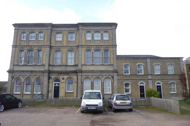 Thumbnail Flat to rent in Kings Road, Great Yarmouth