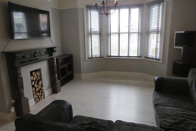 Thumbnail Property to rent in Bridge Road, Lowestoft