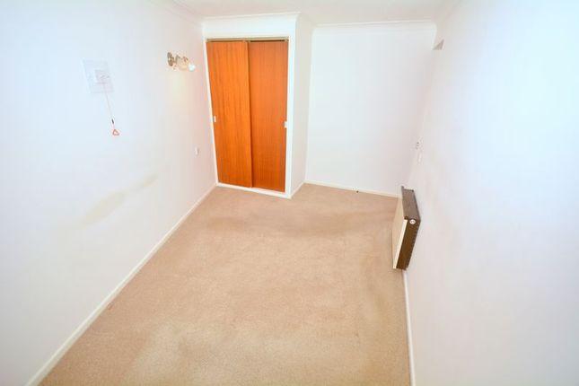 Bedroom of Stratheden Court, Torquay TQ1
