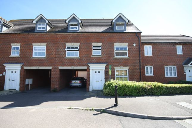 Thumbnail Property to rent in Martin Court, Kemsley, Sittingbourne
