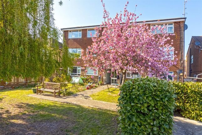 1 bed flat for sale in Tower Road, Lancing BN15