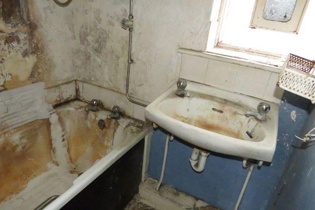 Bathroom of Olney Walk, Middlesbrough TS3