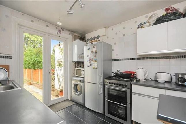Thumbnail Semi-detached house to rent in Shaftesbury Avenue, Feltham