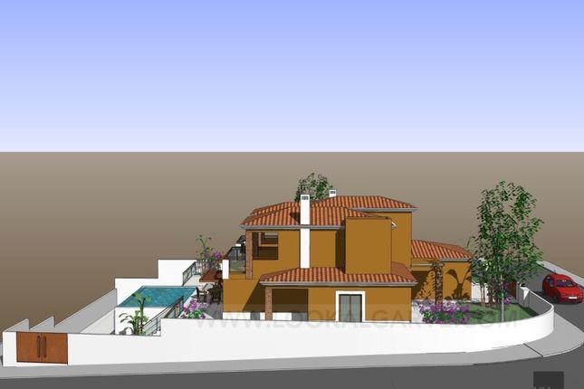 Luz Luz Lagos 3 Bedroom Detached House For Sale