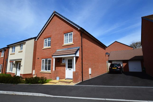 Thumbnail Detached house for sale in Brynteg Green, Beddau, Pontypridd