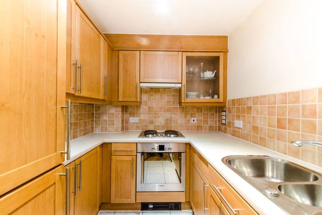 Thumbnail Flat for sale in High Timber Street, Blackfriars