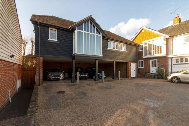 2 bed property for sale in Windmill Lane, Faversham ME13