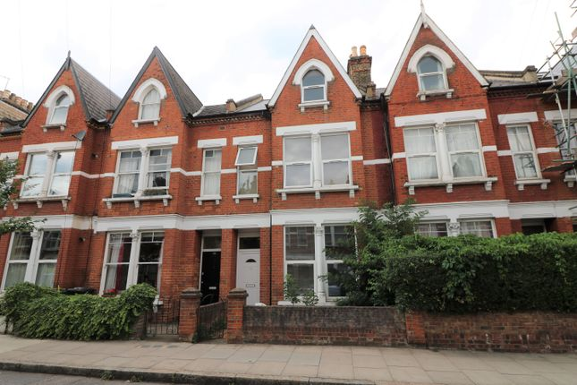 Thumbnail Terraced house to rent in Fairbridge Road, Archway