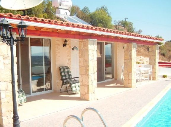2 bed bungalow for sale in Stroumbi, Stroumpi, Paphos, Cyprus