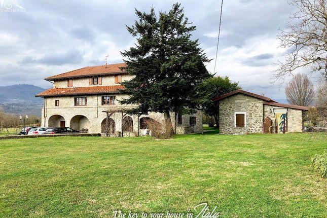 Thumbnail Villa for sale in Tuscany, Lunigiana, Filattiera