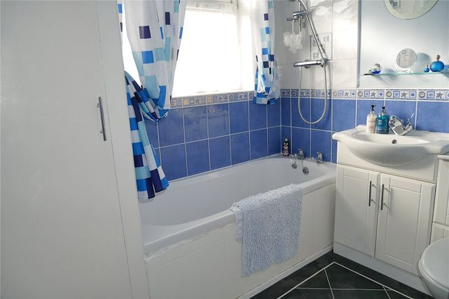 Picture No. 34 of Acre Avenue, Bradford, West Yorkshire BD2
