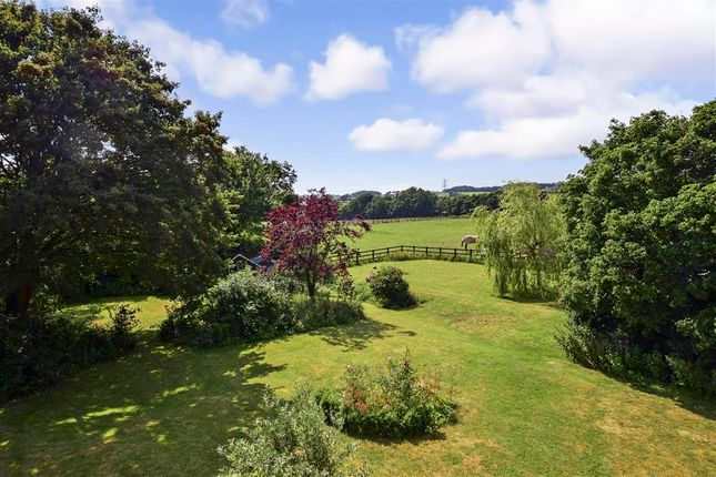 Thumbnail Property for sale in Pallance Lane, Northwood, Isle Of Wight