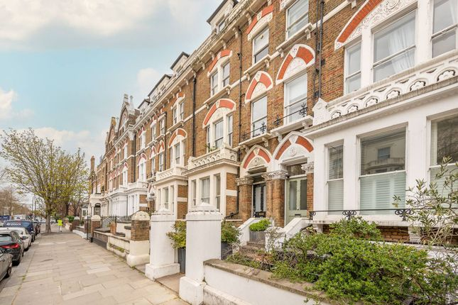 3 bed flat for sale in Holland Road, Holland Park, London W14