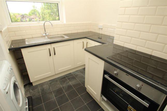 Thumbnail Flat to rent in Long Chaulden, Hemel Hempstead