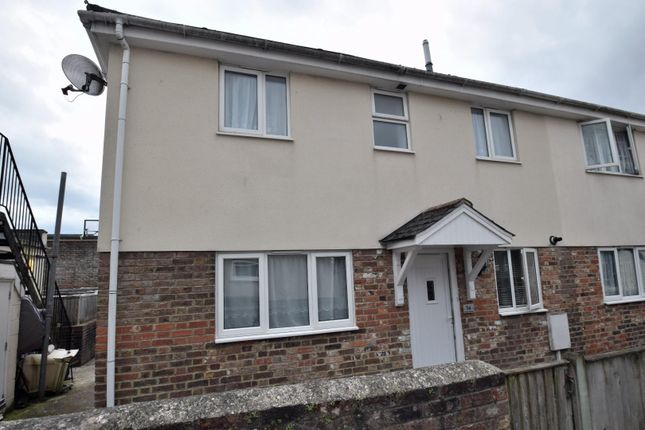 2 bed semi-detached house to rent in Cross Street, Polegate BN26