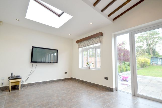 Thumbnail Semi-detached house to rent in Devonshire Way, Croydon