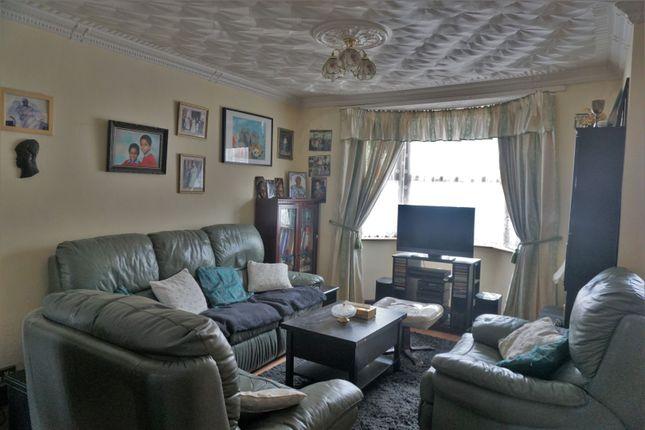Lounge of Khartoum Road, London E13