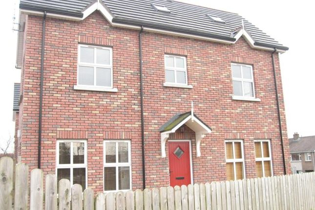 4 bedroom property for sale in Mill Hill Mews, Waringstown, Craigavon
