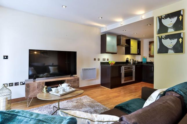 Thumbnail Flat to rent in Short Let, Canary Wharf