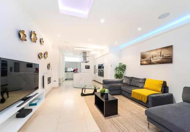 Thumbnail Property to rent in Coptic Street, Covent Garden
