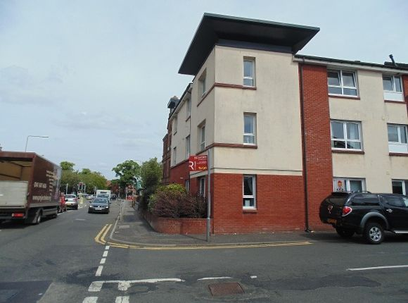 Thumbnail Flat to rent in Williamson Place, Johnstone