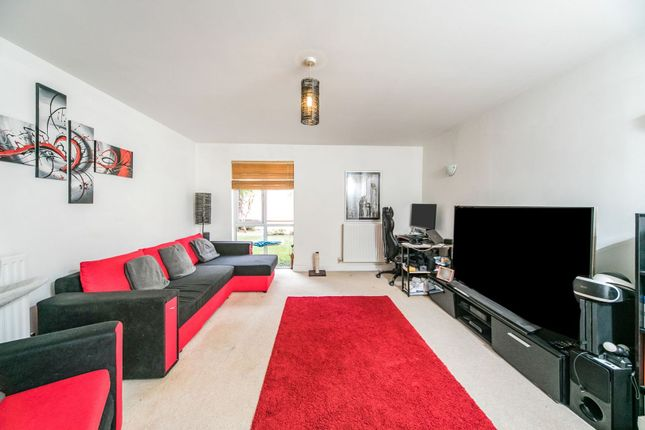 Living Area of 55 Silver Street, Reading RG1