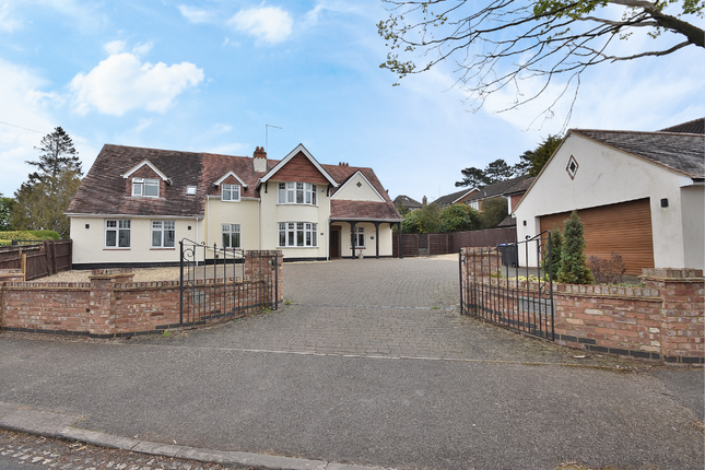 Thumbnail Property for sale in The Avenue, Spinney Hill, Northampton