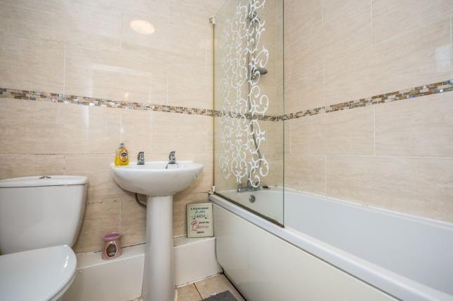 Bathroom of Guelph Street, Liverpool, Merseyside L7