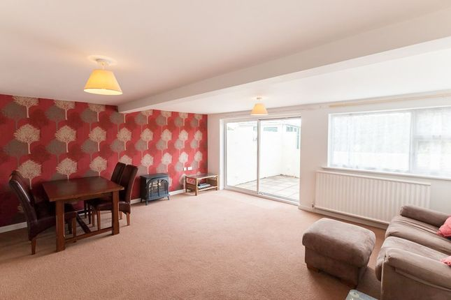 Thumbnail 2 bedroom flat to rent in Hauteville, St. Peter Port, Guernsey