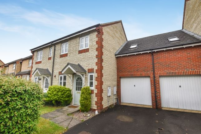 Thumbnail Semi-detached house to rent in Reedmace Road, Bicester