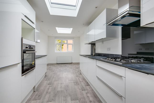 Thumbnail Flat to rent in Rothschild Road, London