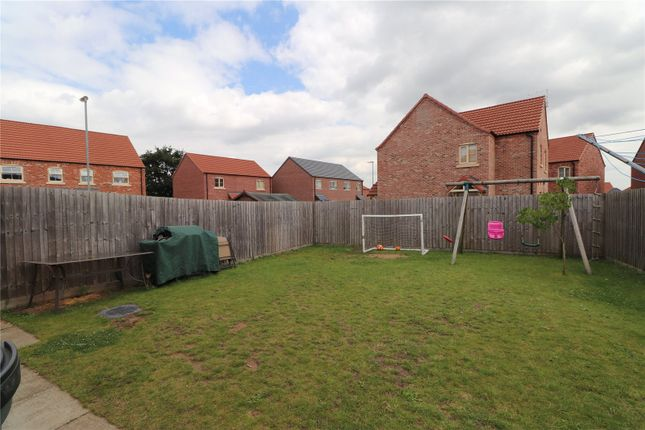 Picture No. 10 of Wolds View, North Hykeham, Lincoln LN6