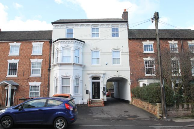 2 bed flat to rent in Coleshill Road, Atherstone