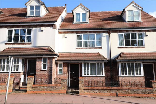 3 bed terraced house for sale in Elmers End Road, Beckenham