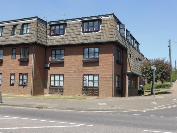 Thumbnail Flat for sale in Eastwood, Leigh On Sea, Essex